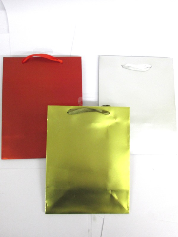 Image of Gift Bag Asst Gold/red/silver Pk12 Medium